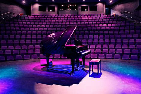 piano on the stage photo